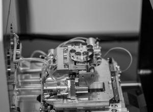 GLU Sachsen, Rasterelektronenmikroskopie in der Arzneimittelanalyse